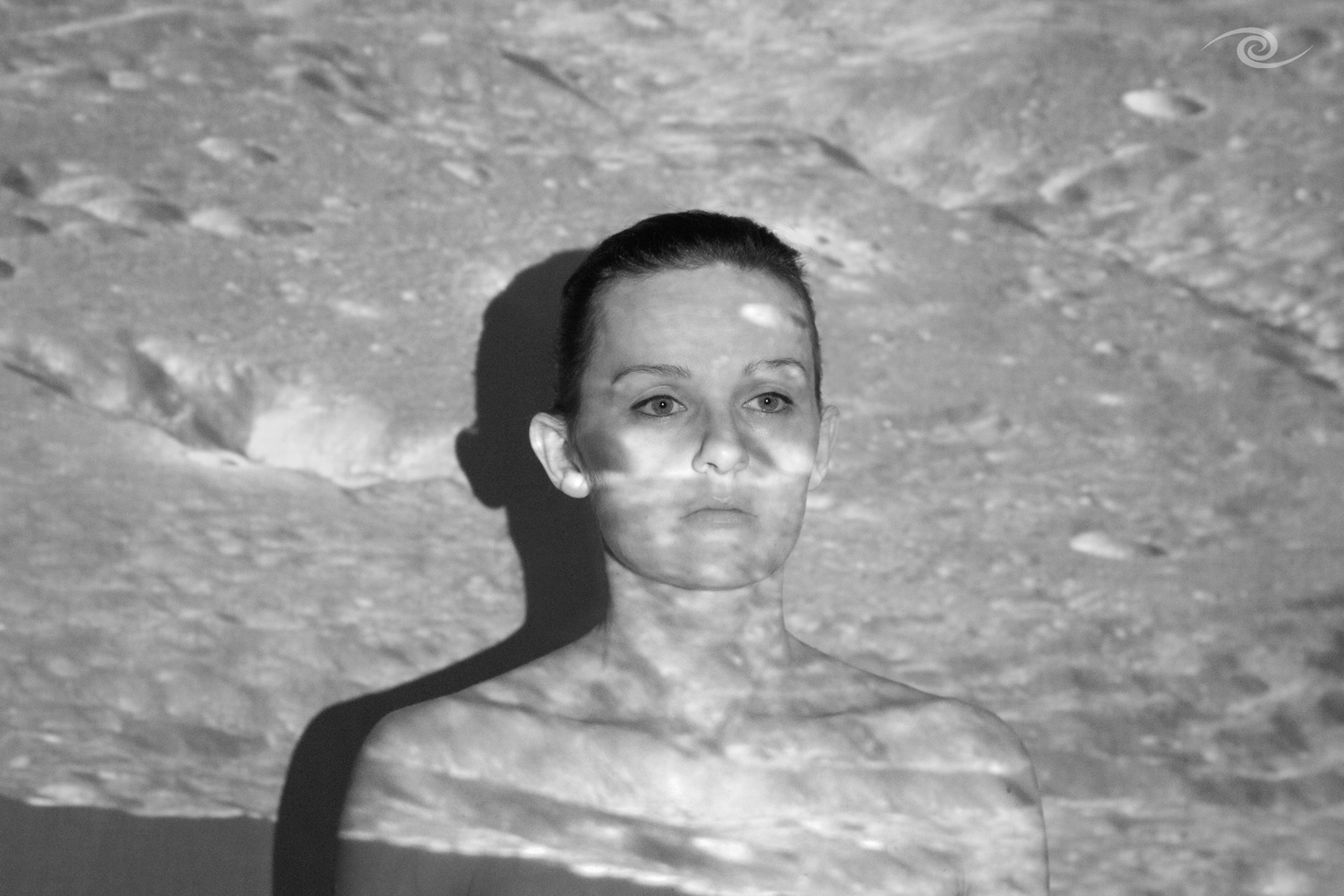 Marthe-on the moon-black and white artist photo
