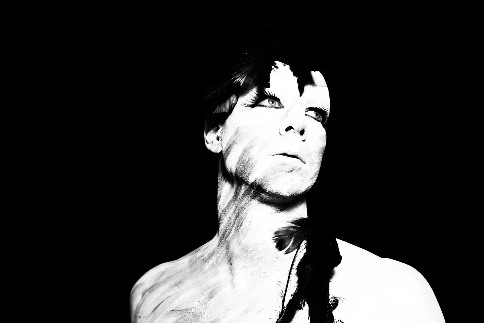 nr 1-Luminous-black and white photo-Michael